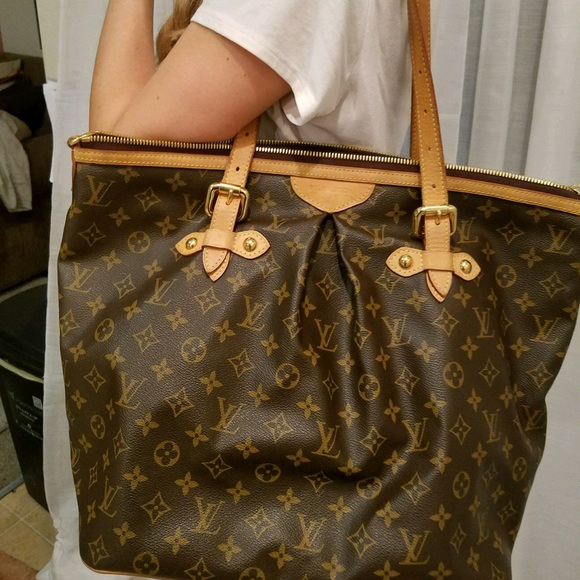 d4a241f0f6f Louis Vuitton Handbags - Preloved Louis Vuitton discontinued Palermo GM